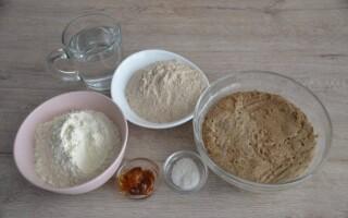 Рецепт дарницького хліба на заквасці в духовці в домашніх умовах