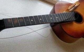 як відремонтувати гітару якщо нижній поріжок відклеївся