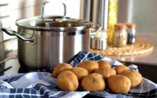 Що за піна при варінні картоплі
