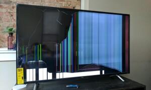 як полагодити екран телевізора від удару