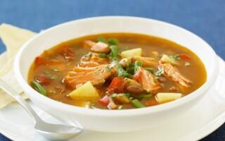 Суп з форелі з рисом і картоплею