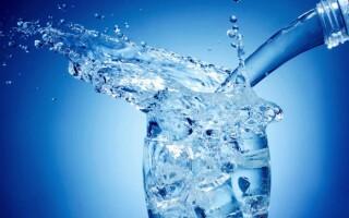 Як зробити газовану воду в домашніх умовах