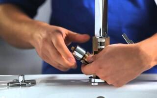 як відремонтувати кран змішувача з двома ручками