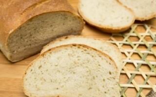 Хліб з розмарином і часником в духовці рецепт