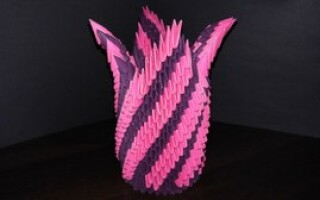 Як зробити вазу з паперу
