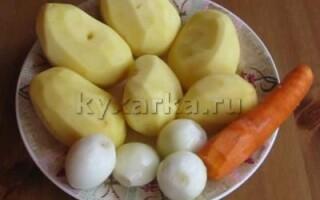 тушкована картопля