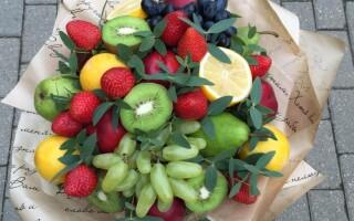 Як зробити букет з фруктів