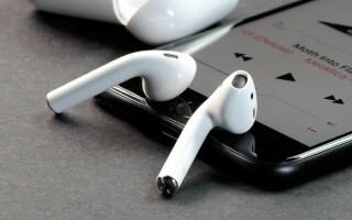 як полагодити правий навушник від айфона