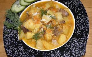 Картопля з печінкою