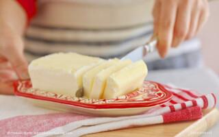 Чим замінити вершкове масло в рецепті хліба