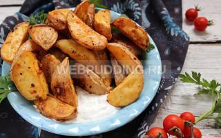 Картопля по селянськи в духовці з м'ясом