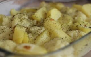 Цвітна капуста з картоплею