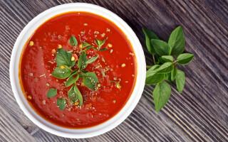 Як зробити підливу з борошна і томатної пасти