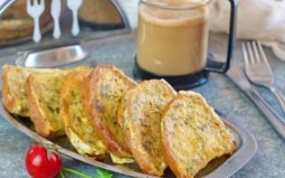 Рецепт грінок з білого хліба з яйцем