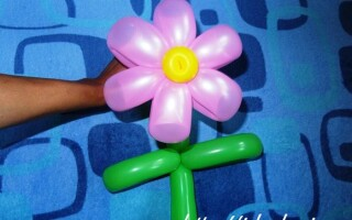 Як зробити квітку з кульки
