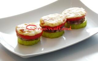 Фарш кабачки помідори картопля сир в духовці