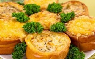 Рецепт з хліба в духовці з начинкою