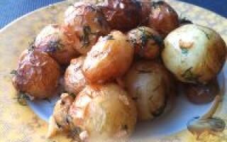 Картопля по мисливські в казані на багатті