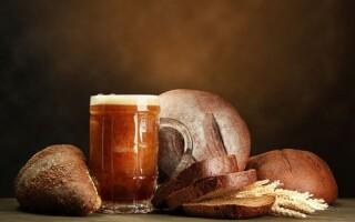 Рецепт квасу з чорного хліба і сухих дріжджів в домашніх умовах