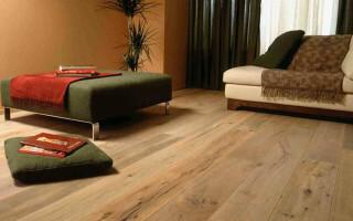 як відремонтувати підлогу в дерев'яному будинку