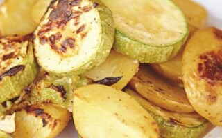 Картопля з кабачками в духовці