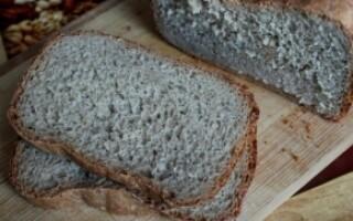 Рецепт чорного хліба в хлібопічці кенвуд
