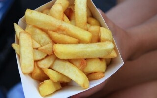 Як зробити картоплю фрі в духовці