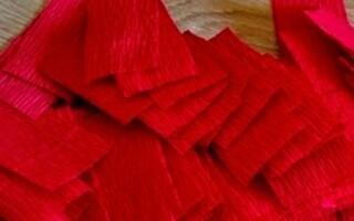 Як зробити троянду з гофрованого паперу