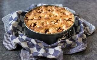 Як зробити яблучний пиріг